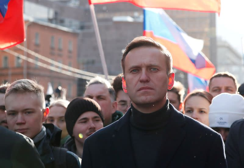 Merkel ally dodges question on gas sanctions on Russia over Navalny case