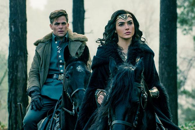 Chris Pine and Gal Gadot in 'Wonder Woman'