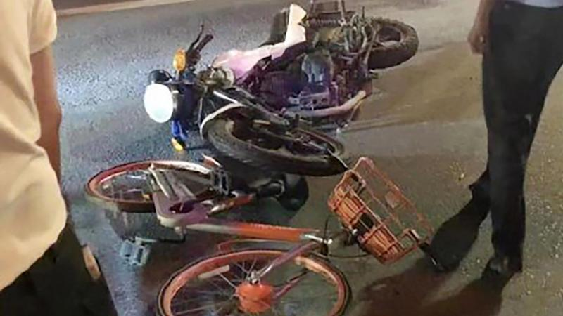 Chinese police do U-turn on traffic crash after online crowd doubt official account