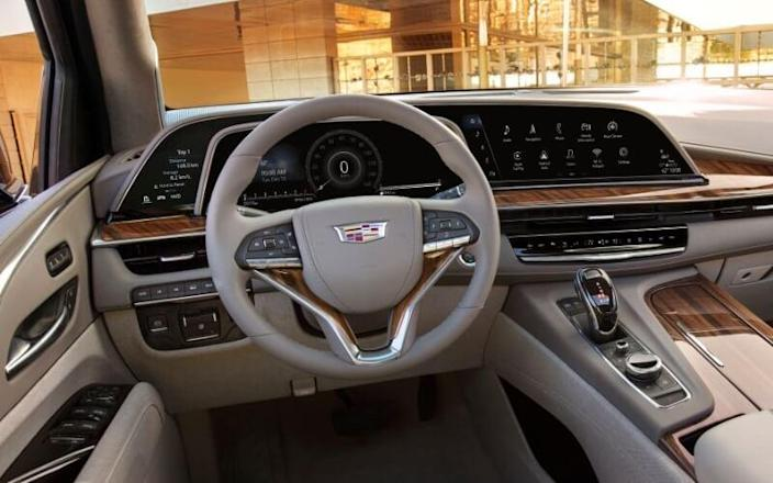 We Now Know What the 2021 Cadillac Escalade's Curve OLED ...
