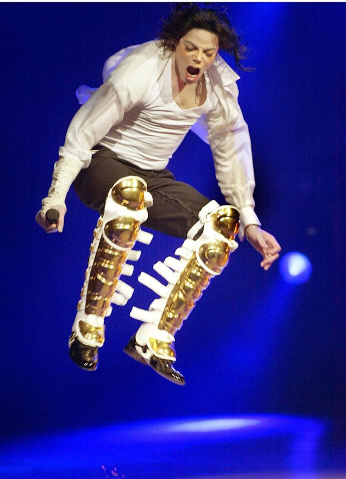 """<a href=""""https://people.com/music/michael-jackson-thriller-popular-despite-leaving-neverland-fallout/"""">Michael Jackson</a>, the King of Pop, helped kick off a nationwide voter registration drive by opening for the Democratic National Committee benefit concert on April 24, 2002 at the Apollo."""
