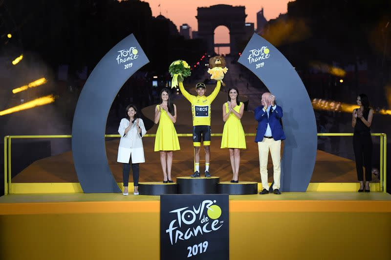 Tour opts for gender-equal podium ceremony