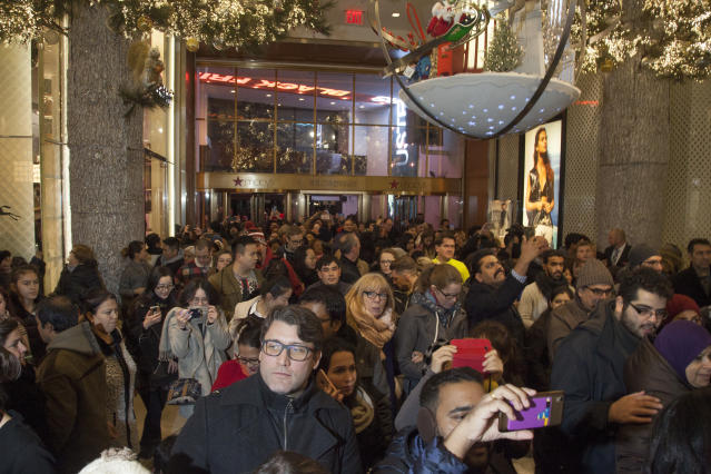 Shoppers congregate at Macy's in New York City's Herald Square on Black Friday 2017. (Photo: AP)