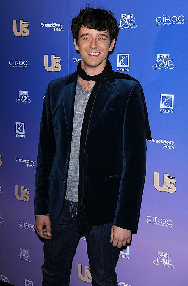 """Becki's costar Michael Urie dressed up his jeans with a velvet blazer and stylish scarf. The two were named Comedy Duo of the Year. James Devaney/<a href=""""http://www.wireimage.com"""" target=""""new"""">WireImage.com</a> - September 16, 2008"""