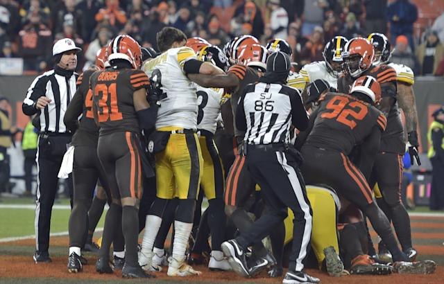 Jaguars vs. Colts: Doug Marrone addresses ugly Steelers-Browns brawl with team