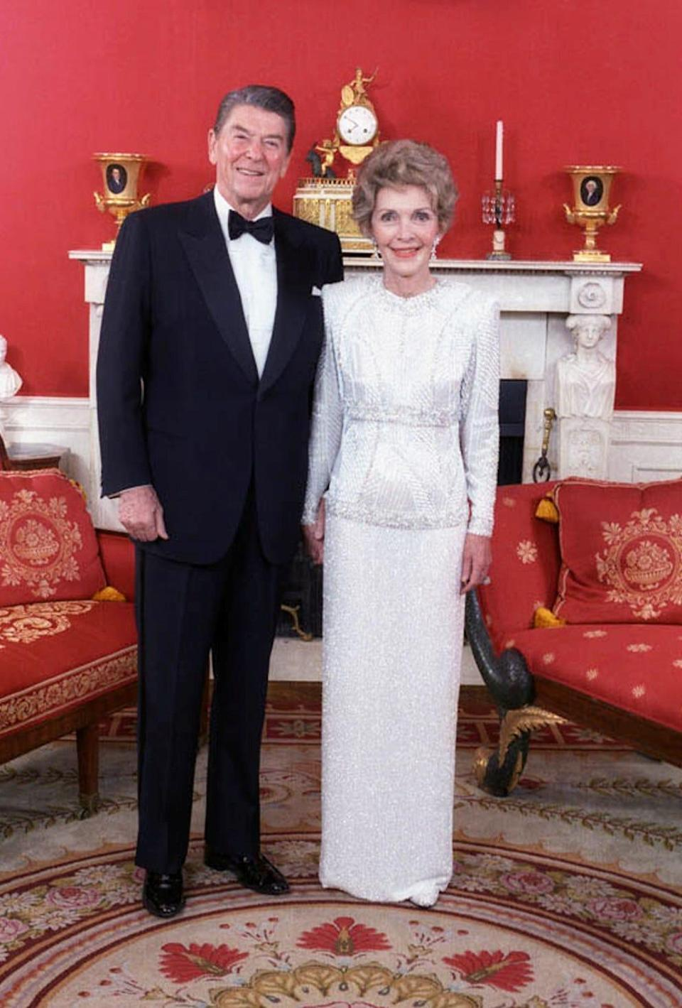 ronald reagan nancy inaugural gown 1985
