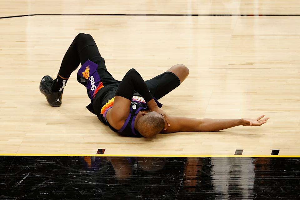 Chris Paul has been affected by a shoulder injury he suffered in Game 1. (Photo by Christian Petersen/Getty Images)