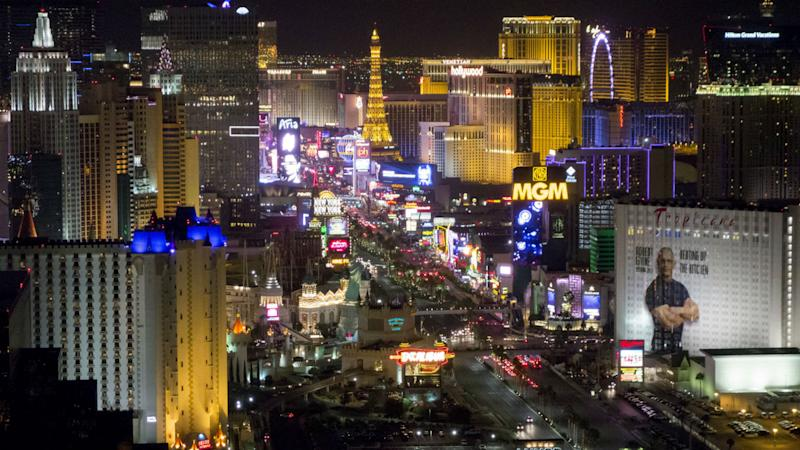 NHL, Golden Knights donate $300,000 to support victims of Las Vegas shooting
