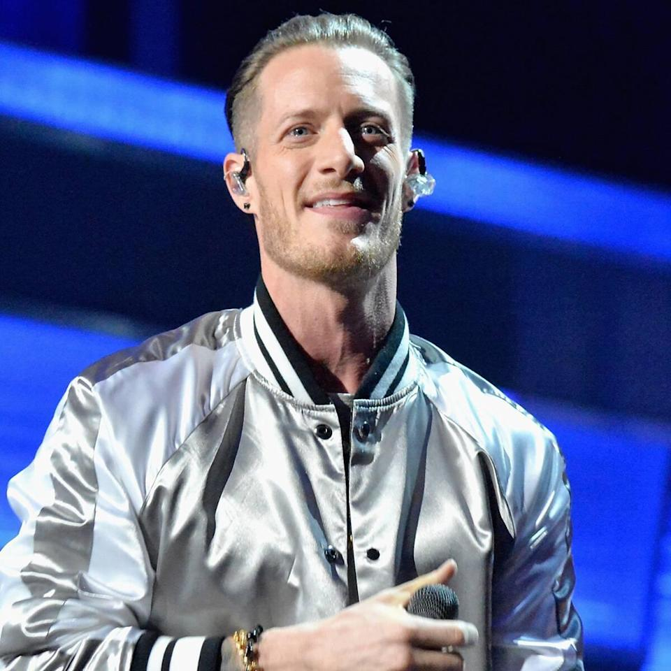 "Tyler Hubbard's Kids ""Knock on His Door Every Day"" to Hug Him as He Quarantines"