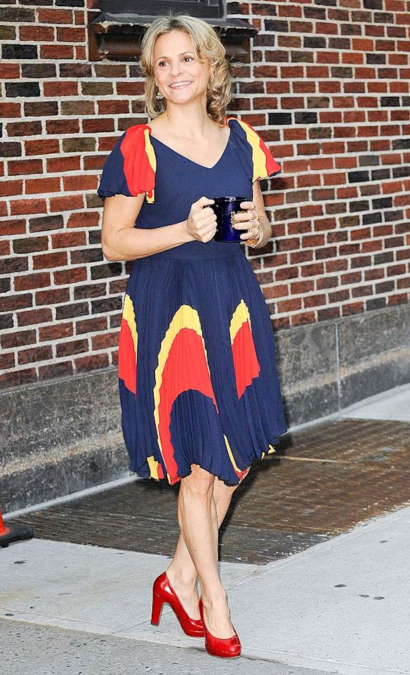 """We adore Amy Sedaris, her wacky sense of humor, and her quirky style. Unfortunately, the colorful pleated frock she donned for an appearance on """"Late Show With David Letterman"""" not only added pounds to her petite physique, but reminded us a little of a circus tent. Send in the clowns ... (11/2/2011)"""