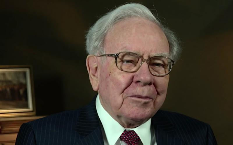 Two Dividend-Paying Tech Stocks Owned by Warren Buffett