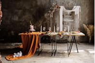 """<p>Earthy hues make a refined statement—just keep the traditional gold accents to add depth to complement the palette. Event planner <a href=""""https://www.instagram.com/p/CN74ucDDEac/"""" rel=""""nofollow noopener"""" target=""""_blank"""" data-ylk=""""slk:Joh'Art"""" class=""""link rapid-noclick-resp"""">Joh'Art</a> chose pumpkin orange, sage green, and soft mauve to play off metallic tones while referencing traditional Eid ingredients like pistachio and rose. </p>"""