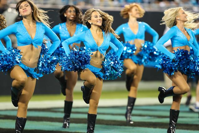NFL cheerleaders have filed suit against the NFL, but are willing to settle. (Getty)