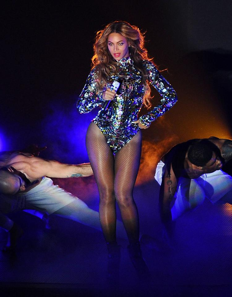 "<p>There are <a href=""https://www.popsugar.com/celebrity/Beyonce-Halloween-Costume-Ideas-32248816"" class=""ga-track"" data-ga-category=""internal click"" data-ga-label=""http://www.popsugar.com/Beyonce-Halloween-Costume-Ideas-32248816"" data-ga-action=""body text link"">so many great Beyoncé outfits</a> to replicate this <a class=""sugar-inline-link ga-track"" title=""Latest photos and news for Halloween"" href=""https://www.popsugar.com/Halloween"" target=""_blank"" data-ga-category=""internal click"" data-ga-label=""https://www.popsugar.com/Halloween"" data-ga-action=""body text link"">Halloween</a>. How will you choose?</p> <p><strong>More ideas:</strong> <strong>Baywatch</strong>, Barney the dinosaur, <strong>Breaking Bad</strong>, <strong>Beauty and the Beast</strong>, Barbie dolls, <a class=""sugar-inline-link ga-track"" title=""Latest photos and news for Britney Spears"" href=""https://www.popsugar.com/Britney-Spears"" target=""_blank"" data-ga-category=""internal click"" data-ga-label=""https://www.popsugar.com/Britney-Spears"" data-ga-action=""body text link"">Britney Spears</a>, Batman, Batwoman, The Beatles, <strong>Braveheart</strong>, <strong>Beetlejuice</strong>, <strong>Betty Boop</strong>, <strong>Brooklyn Nine-Nine</strong>, <strong>Breakfast at Tiffany's</strong>, <strong><a class=""sugar-inline-link ga-track"" title=""Latest photos and news for The Bachelorette"" href=""https://www.popsugar.com/The-Bachelorette"" target=""_blank"" data-ga-category=""internal click"" data-ga-label=""https://www.popsugar.com/The-Bachelorette"" data-ga-action=""body text link"">The Bachelorette</a></strong>, Black Widow, <b>The Baby-Sitters Club</b>, Black Canary</p>"