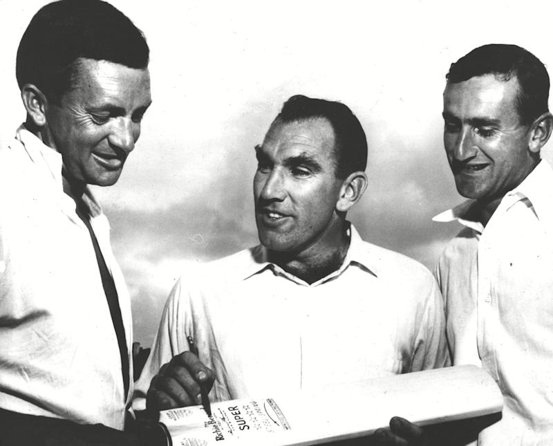 Reid, centre, with his fellow captains, Richie Benaud of Australia, left, and Ted Dexter of England - ANL/Shutterstock