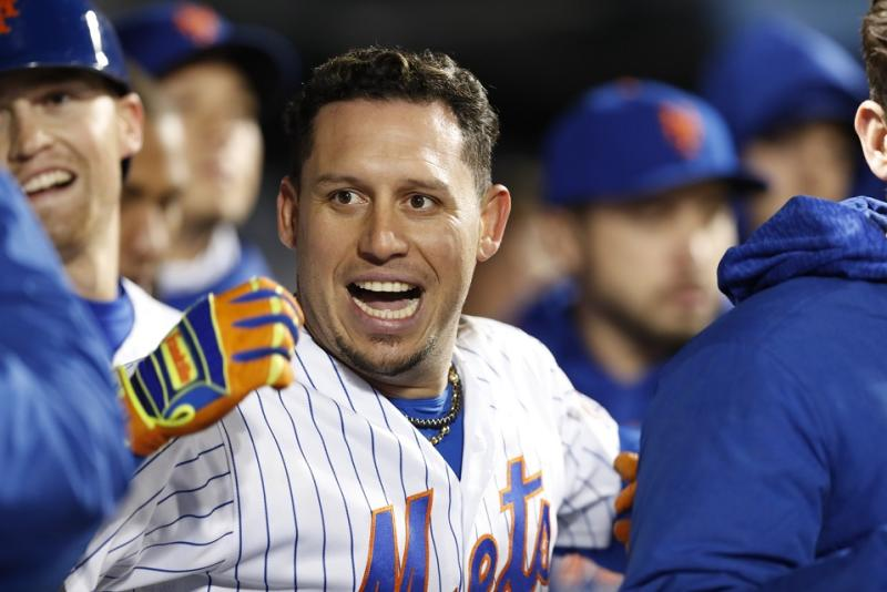 Phillies Reportedly Strike Deal With Mets for Asdrubal Cabrera