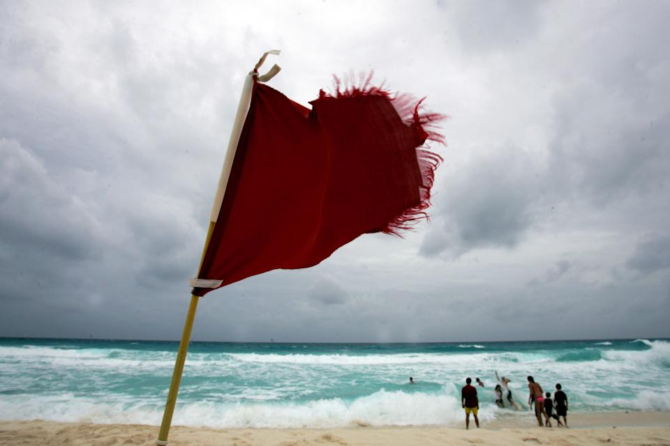 6 red flags revealed: Source: REUTERS