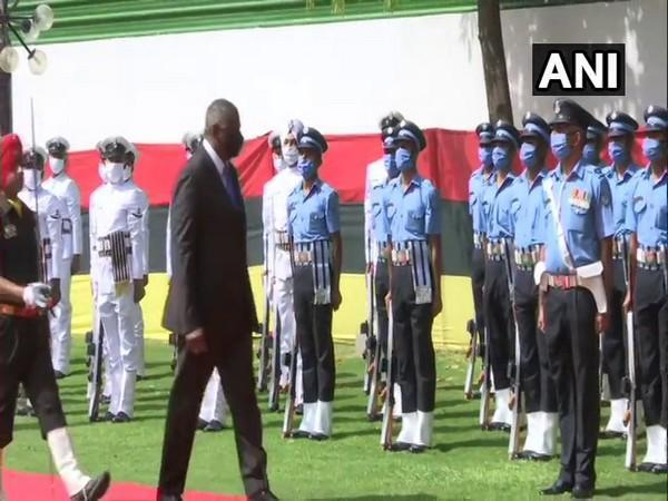 US Secretary of Defence Lloyd James Austin III being accorded the Guard of Honour at Vigyan Bhawan.