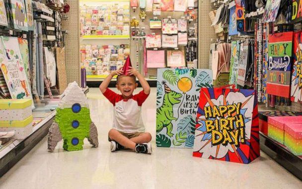 PHOTO: Cooper's mom, Hannah Rickman, spent the day photographing her son's celebration at Target. (Hannah Rickman/Momgical Photography)