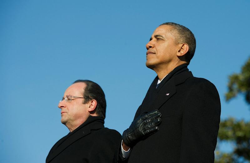 A picture taken on February 11, 2014, shows US President Barack Obama (R) and French President Francois Hollande at the White House in Washington (AFP Photo/Alain Jocard)