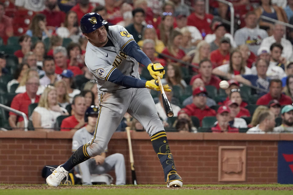 Milwaukee Brewers' Avisail Garcia singles during the seventh inning of a baseball game against the St. Louis Cardinals Tuesday, Aug. 17, 2021, in St. Louis. (AP Photo/Jeff Roberson)