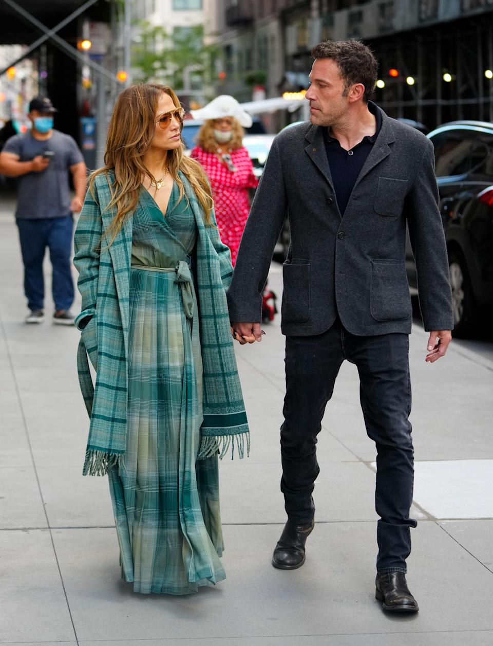 """<h1 class=""""title"""">Celebrity Sightings In New York City - September 26, 2021</h1><cite class=""""credit"""">Gotham/Getty Images</cite>"""