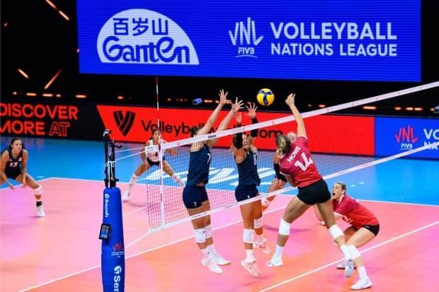 The Canadian women's volleyball team suffered a 3-1 defeat at the hands of the previously winless Dominican Republic on Thursday in Volleyball Nations League action in Rimini, Italy. (Twitter/@VBallCanada - image credit)