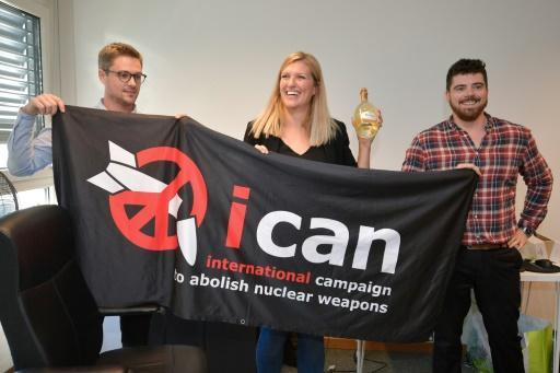 <p>Abolishing nuclear arms could go 'really quickly': Nobel winner</p>