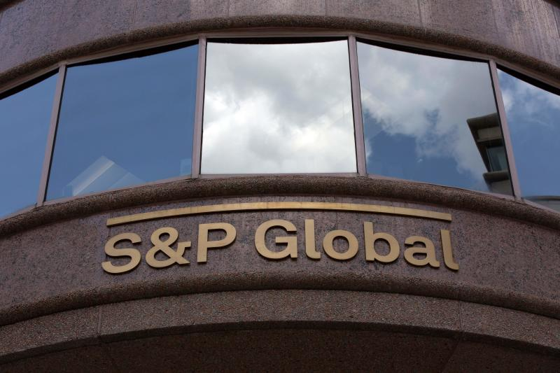 The S&P Global logo is seen outside a building in Washington, DC, on July 25, 2019. (Photo by Alastair Pike / AFP) (Photo credit should read ALASTAIR PIKE/AFP via Getty Images)