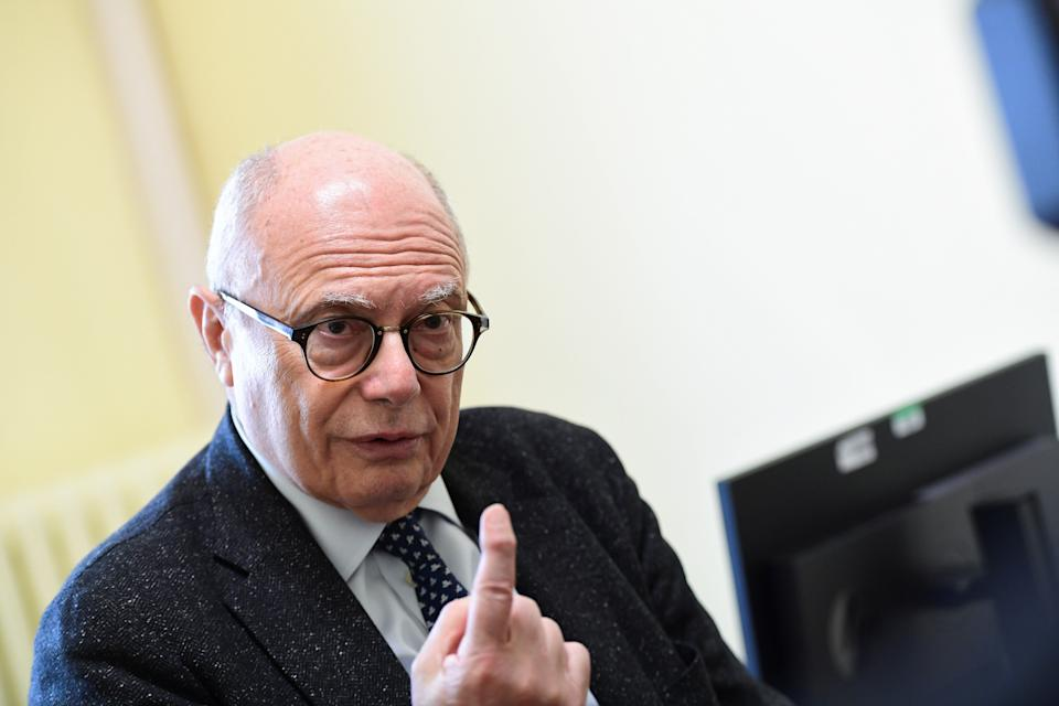 Professor Massimo Galli, primary infectologist of the hospital Luigi Sacco gives an interview in Milan on Mars 3, 2020 about the situation of the Covid-19 outbreak in Italy. (Photo by Miguel MEDINA / AFP) (Photo by MIGUEL MEDINA/AFP via Getty Images) (Photo: MIGUEL MEDINA via Getty Images)