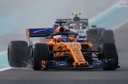 FILE PHOTO: Formula One F1 - Abu Dhabi Grand Prix - Yas Marina Circuit, Abu Dhabi, United Arab Emirates - November 25, 2018 McLaren's Fernando Alonso during the race REUTERS/Hamad I Mohammed/File Photo