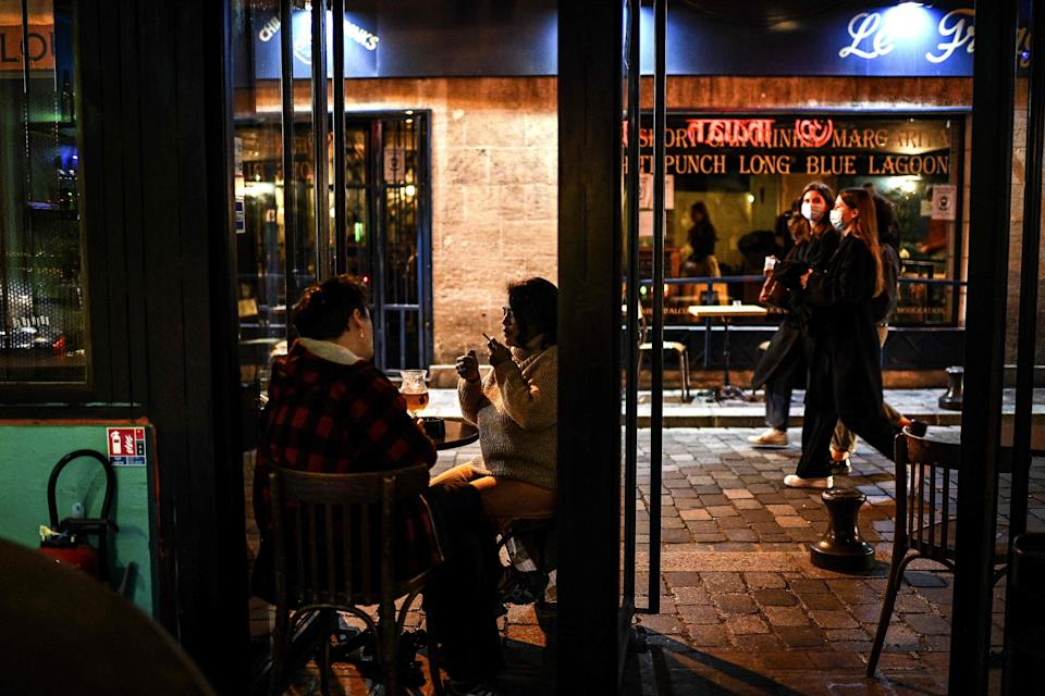 Bars will be forced to shut in the French capital around a week after a new curfew was introduced (AFP via Getty Images)