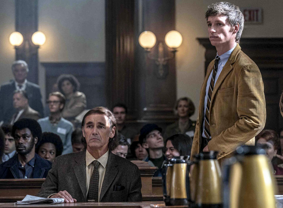 The Trial of the Chicago 7. Mark Rylance as William Kunstler, Eddie Redmayne as Tom Hayden in The Trial of the Chicago 7. Cr. Niko Tavernise/NETFLIX © 2020
