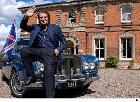 Engelbert in search of mystery buyers