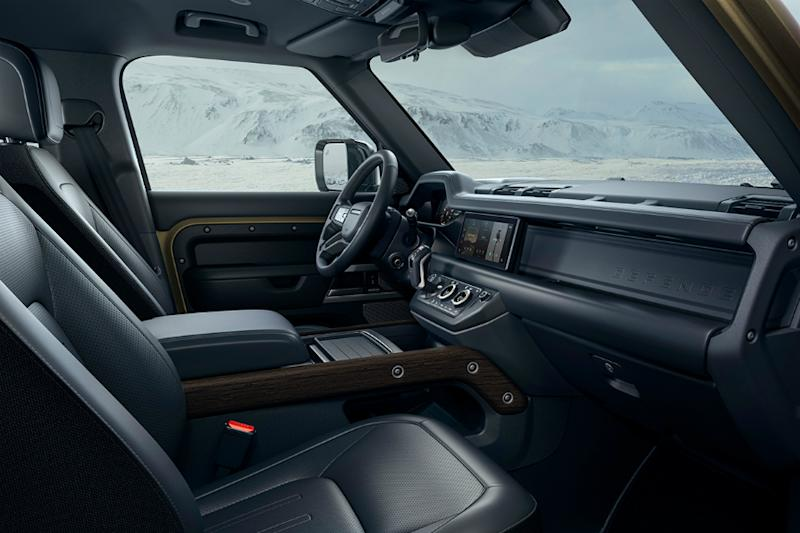 Land Rover Defender Interiors. (Image source: land Rover)