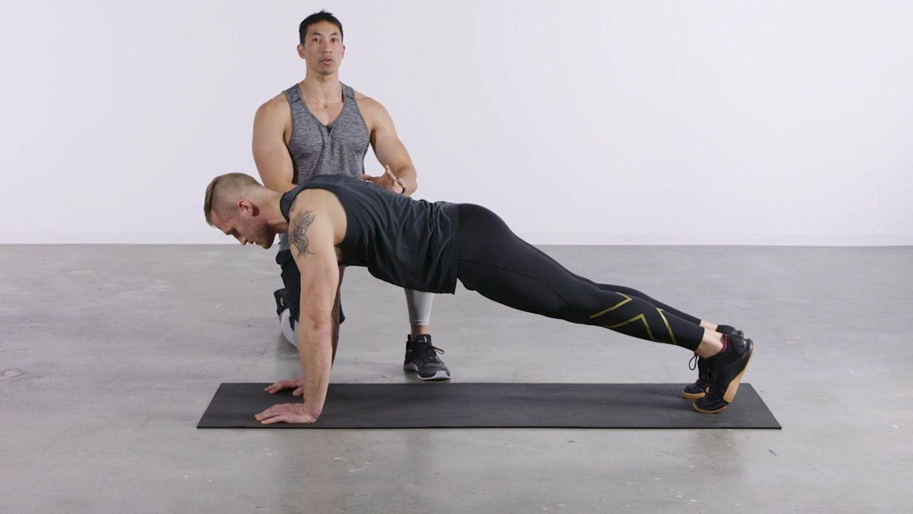 This All-Pushups Workout Builds Your Chest More Than Bench-Pressing