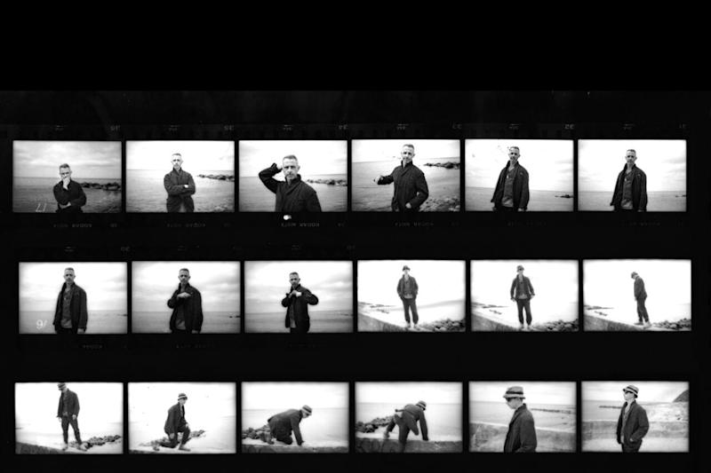 WEB_Jeremy-Strong_contactSheet1_2048px-scaled-e1597692650755.jpg
