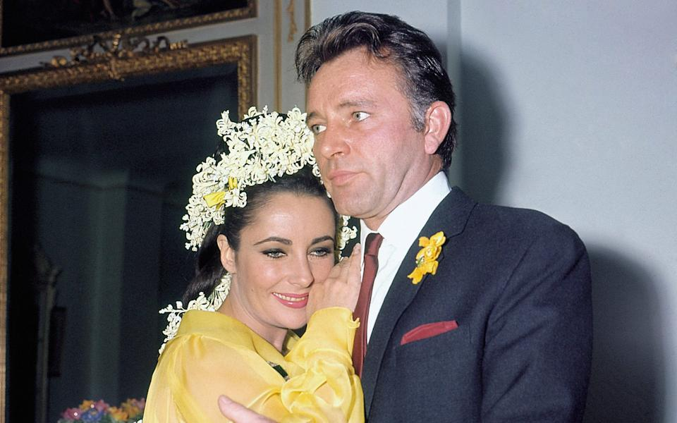 Richard Burton and Elizabeth Taylor behaved appallingly at times, but always had the power to fascinate - Everett Collection