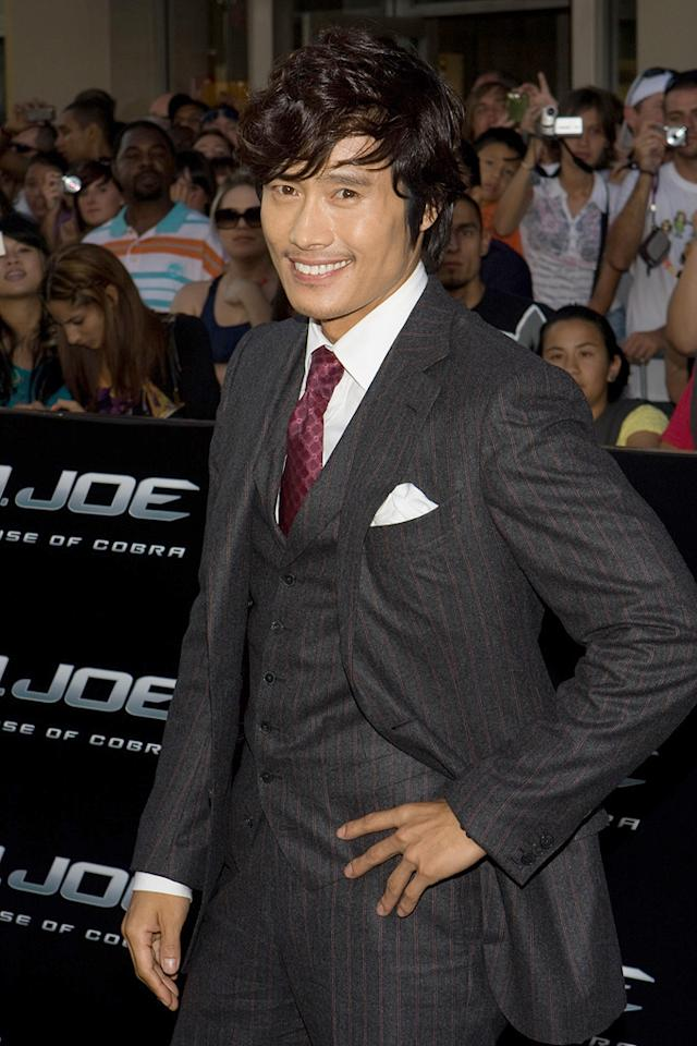 "<a href=""http://movies.yahoo.com/movie/contributor/1809762761"">Lee Byeong-hun</a> at the Los Angeles premiere of <a href=""http://movies.yahoo.com/movie/1809993532/info"">G.I. Joe: The Rise of Cobra</a> - 08/06/2009"