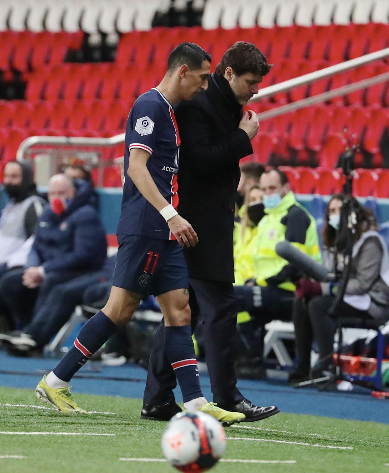PARIS, FRANCE - MARCH 14: Angel Di Maria of Paris Saint-Germain came out by head coach Mauricio Pochettino because a violent burglary in his home during the Ligue 1 match between Paris Saint-Germain and FC Nantes at Parc des Princes on March 14, 2021 in Paris, France. (Photo by Xavier Laine/Getty Images)