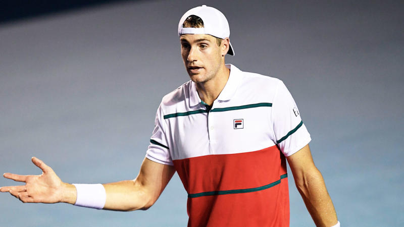 America's No.1 tennis player John Isner is angered at a point.