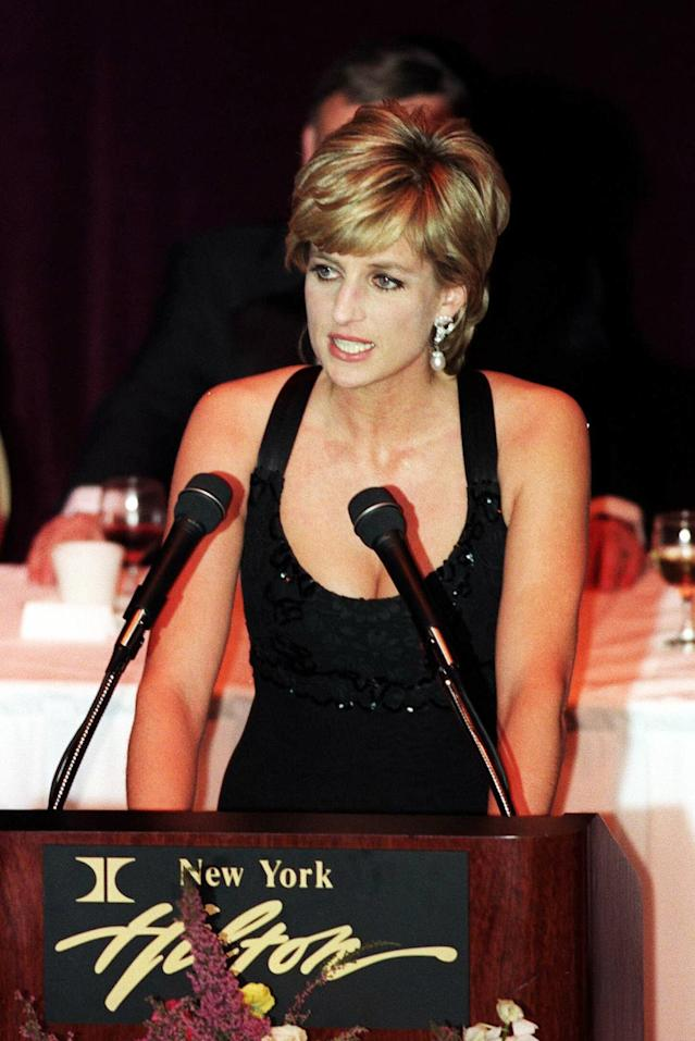 <p>As her role evolved after splittling from Charles, Diana's hair stayed short but became more chic, as she won awards, like Humanitarian of the Year in 1996. (Photo: Anwar Hussein/WireImage) </p>