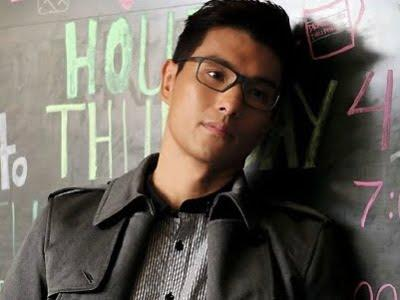 Ruco Chan wishes happiness in 2013