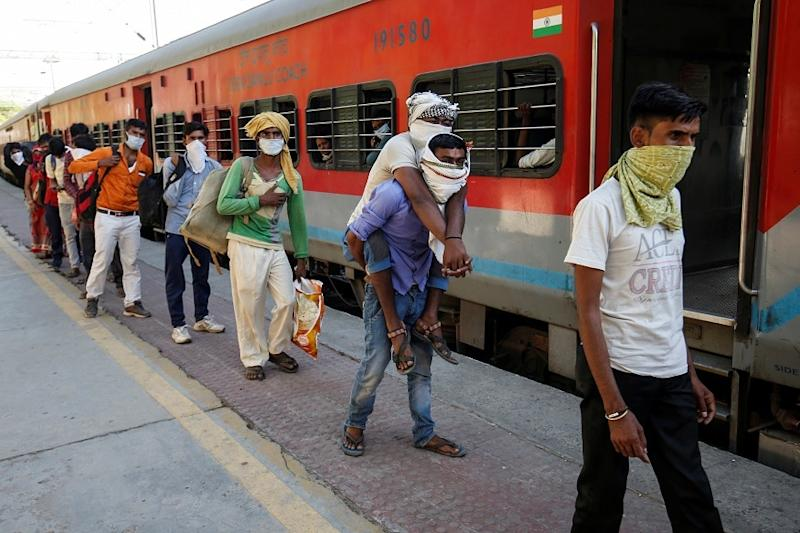 3 Passengers Onboard Shramik Special Trains Dead; Samples Collected for Coronavirus Test