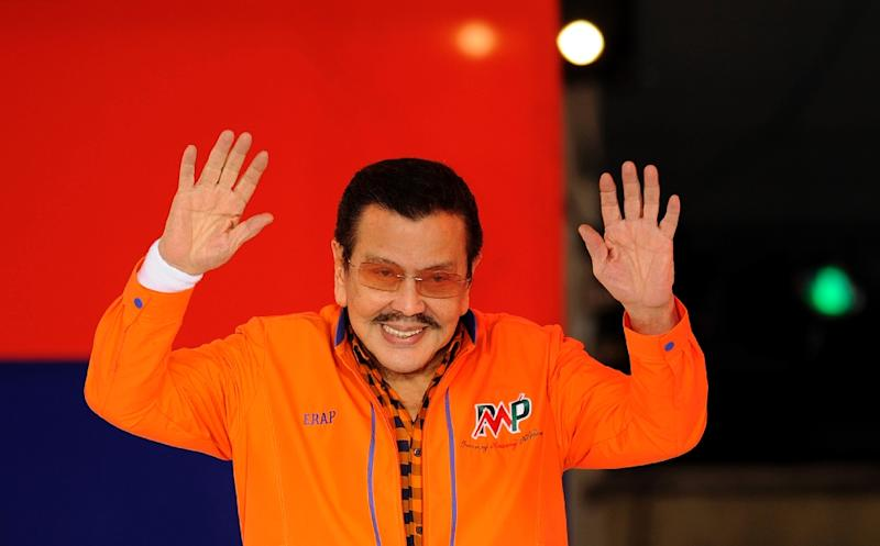 Former Philippine president Joseph Estrada was forced from office by a popular revolt driven by accusations of corruption (AFP Photo/NOEL CELIS)