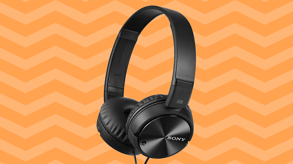 A pair of Sony headphones for just $10? Yup! (Photo: Amazon)