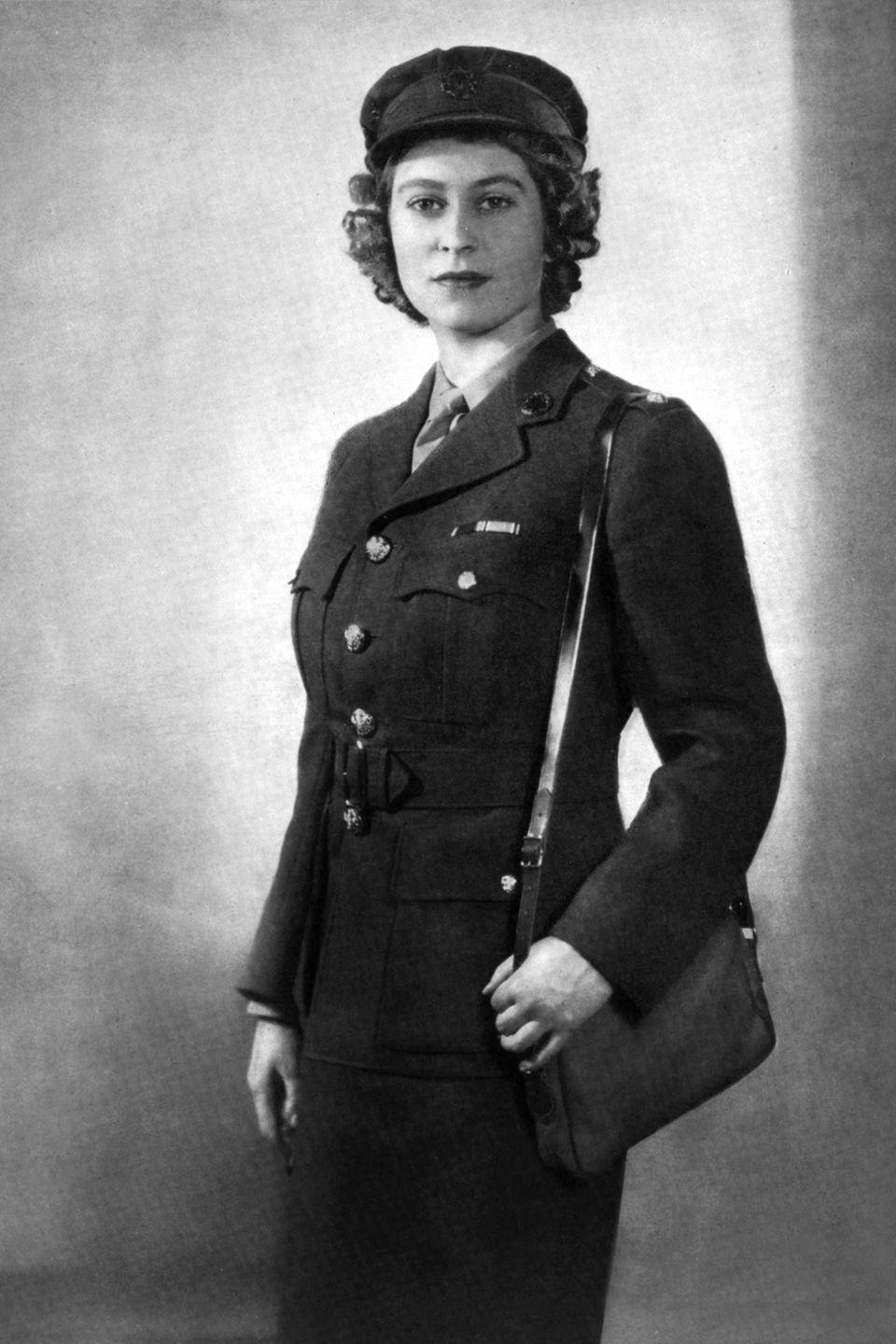 <p>Princess Elizabeth was photographed in her British Army uniform. At the time of the picture, she was a second subaltern (equivalent to a second lieutenant) in the Auxiliary Territorial Service (ATS) of the British Army. </p>
