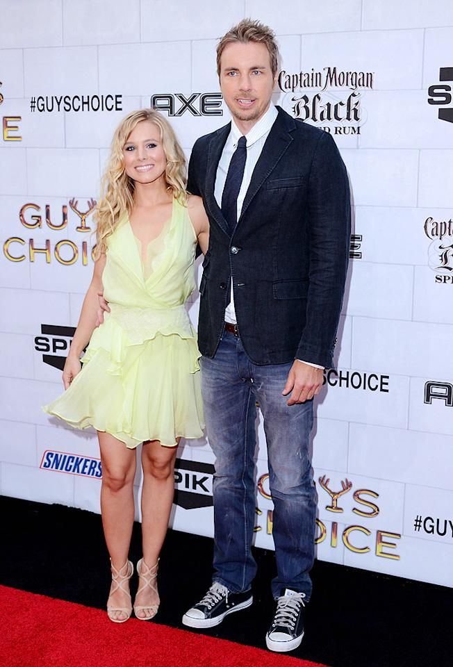 """Kristen Bell, who attended with her fiancé Dax Shepard, later presented Emma Stone the Hot and Funny award. The """"House of Lies"""" actress will have a bigger role at Wednesday night's CMT Awards: she'll be hosting the show with country star Toby Keith. As for why she said yes to the unusual gig – she's not a singer or a TV host –  she told <em>People</em>: """"Country music makes me happy."""""""