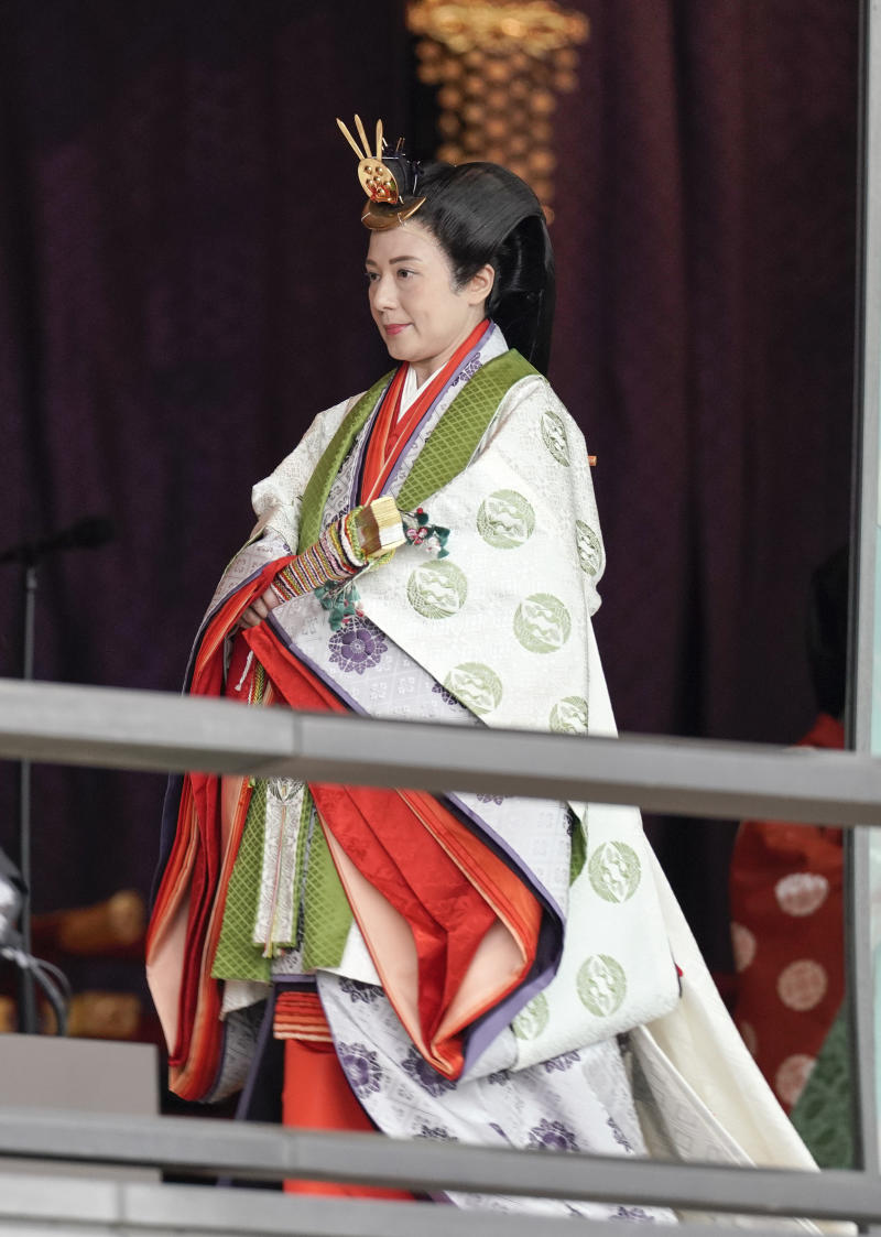 TOKYO, JAPAN - OCTOBER 22: Japanese Empress Masako leaves the ceremony hall after Emperor Naruhito proclaimed his enthronement at the Imperial Palace on October 22, 2019 in Tokyo, Japan. Naruhito ascended the throne on 01 May 2019 after his father Emperor Emeritus Akihito abdicated on 30 April 2019. (Photo by Kimimasa Mayama/Pool/Getty Images)