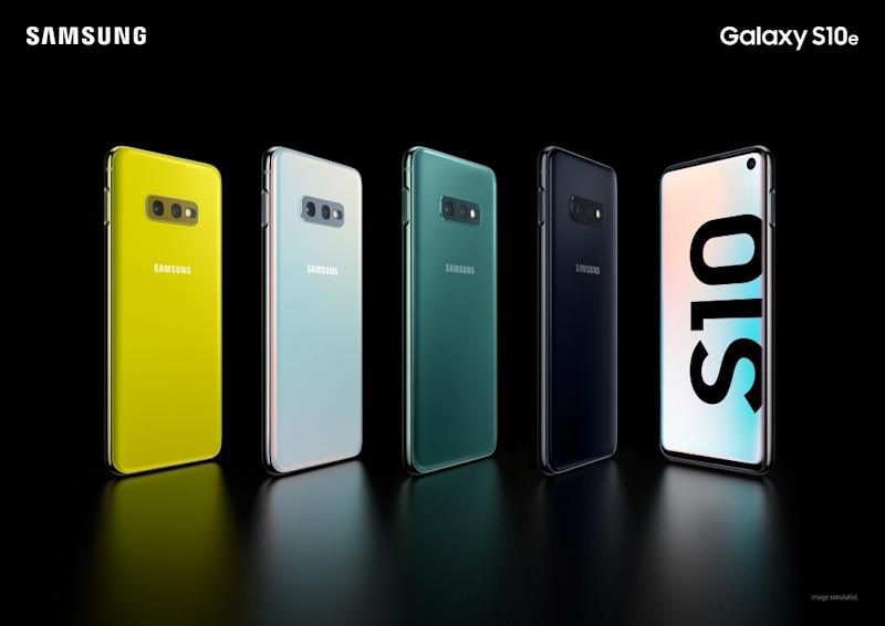 Samsung launches folding smartphone